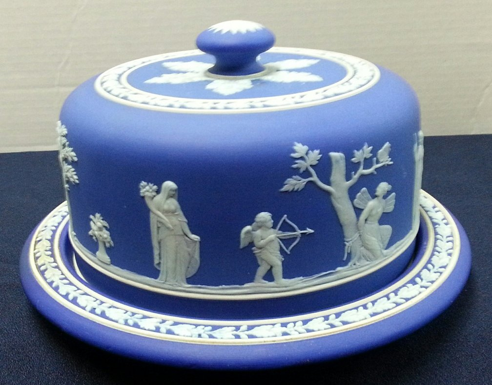 wedgwood jasperware dating Wedgwood's crowning achievement was jasperware, non-glazed porcelain  featuring classical figures in bas-relief, now virtually synonymous with the.